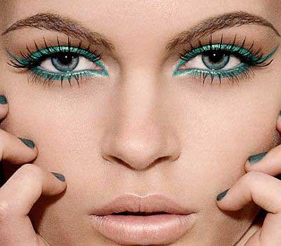 blue-eyes-makeup