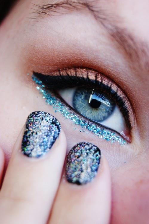 Sparkly Cat Eye and Matching Nail Polish | AmazingMakeups.com