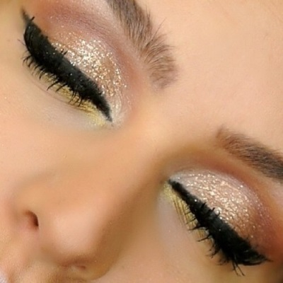 Glitter Eye Shadow Tutorial