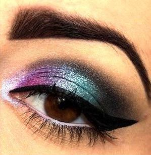 30-Glamorous-Eye-Makeup-Ideas-for-Dramatic-Look-2 s