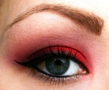 The best red eyeshadow looks