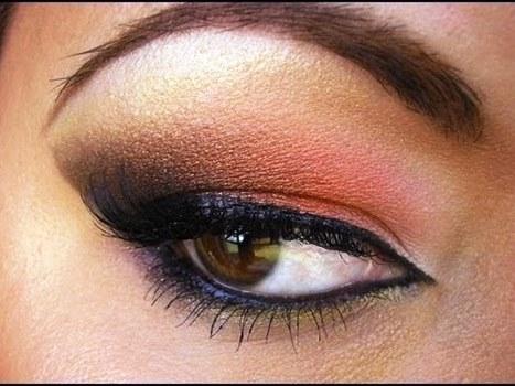 Peach Smokey Eyeshadow With Dramatic Cut Crease