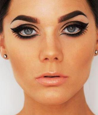 Dark Eyelid Remedies | AmazingMakeups.com