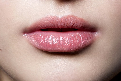 The 1 Ingredient Remedy That Can Cure Dry Lips