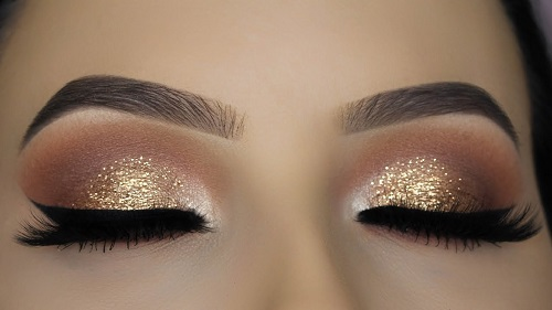 Classic Golden Glitter Eye Makeup